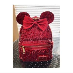 NWT Loungefly Disney Minnie Backpack.